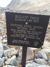 bishop pass sign_preview